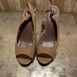 Sling back peep toe sandals